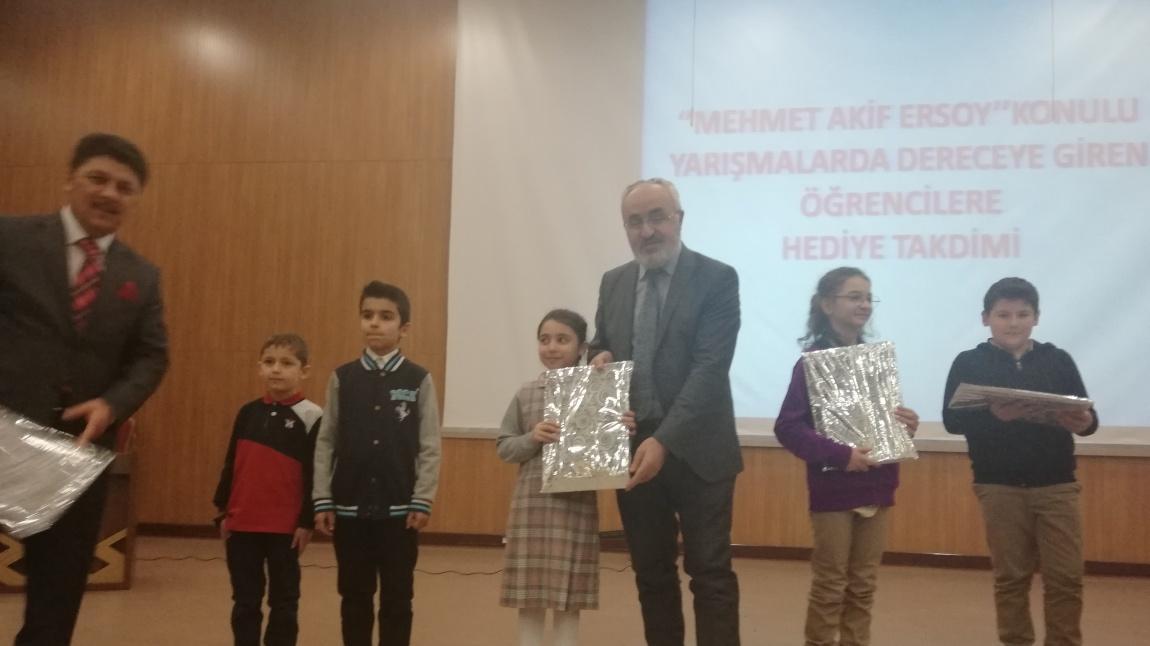 MEHMET AKİF ERSOY ' U ANMA HAFTASI